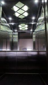 Ascensor-gearless-para-interiores-MEDINAT